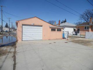 Photo 4: 1132 INKSTER Boulevard in WINNIPEG: North End Residential for sale (North West Winnipeg)  : MLS®# 1307389