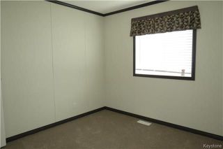 Photo 11: 36 Timber Lane in St Clements: Pineridge Trailer Park Residential for sale (R02)  : MLS®# 1806699