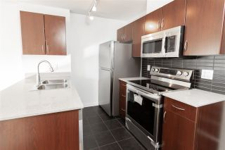 """Photo 12: 2008 938 SMITHE Street in Vancouver: Downtown VW Condo for sale in """"Electric Avenue"""" (Vancouver West)  : MLS®# R2526507"""