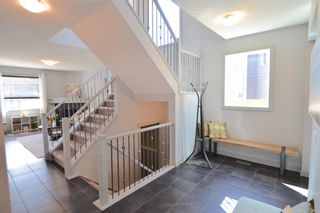 Photo 5: 130 Nolanshire Crescent NW in Calgary: Nolan Hill Detached for sale : MLS®# A1104088