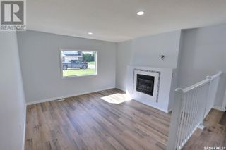 Photo 2: 1360 LaCroix CRES in Prince Albert: House for sale : MLS®# SK868529