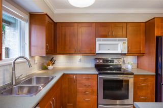 Photo 9: 8 849 TOBRUCK AVENUE in North Vancouver: Mosquito Creek Townhouse for sale : MLS®# R2396828