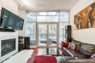 """Photo 13: 1243 SEYMOUR Street in Vancouver: Downtown VW Townhouse for sale in """"elan"""" (Vancouver West)  : MLS®# R2519042"""