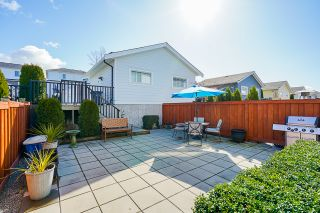 """Photo 30: 2260 164A Street in Surrey: Grandview Surrey 1/2 Duplex for sale in """"Elevate at the Hamptons"""" (South Surrey White Rock)  : MLS®# R2553427"""