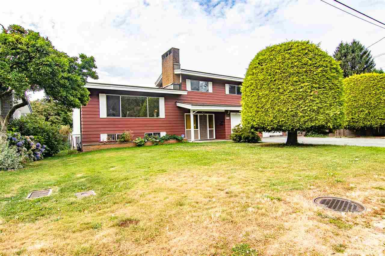 Main Photo: 33224 ALTA Avenue in Abbotsford: Abbotsford West House for sale : MLS®# R2492702