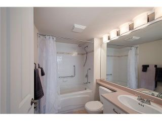 """Photo 11: 207 4425 HALIFAX Street in Burnaby: Brentwood Park Condo for sale in """"POLARIS"""" (Burnaby North)  : MLS®# V1078768"""