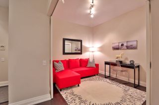 Photo 4: 20 Scrivener Sq Unit #619 in Toronto: Rosedale-Moore Park Condo for sale (Toronto C09)  : MLS®# C3817983