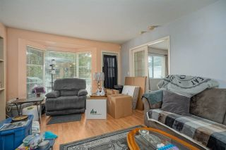 """Photo 6: 1 9088 HOLT Road in Delta: Queen Mary Park Surrey Townhouse for sale in """"Ashley Grove"""" (Surrey)  : MLS®# R2534780"""