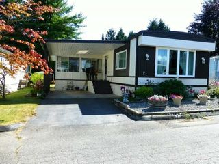 Photo 1: 2 7850 King George Boulevard in Surrey: East Newton Manufactured Home for sale : MLS®# F1418453