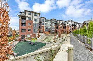 Photo 2: 302 2960 151 Street in Surrey: King George Corridor Condo for sale (South Surrey White Rock)  : MLS®# R2521259