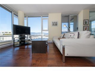 Photo 3: # 905 1650 W 7TH AV in Vancouver: Fairview VW Condo for sale (Vancouver West)  : MLS®# V996225