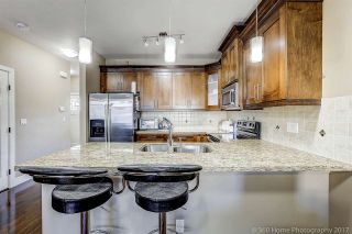 Photo 8: 13969 64 Avenue in Surrey: East Newton Triplex for sale : MLS®# R2218005