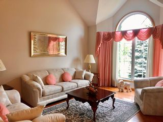Photo 2: 121 Waterloo Crescent in Brandon: Waverly Residential for sale (B09)  : MLS®# 202114503