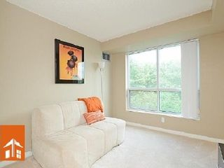Photo 8: 1 2565 Erin Centre Drive in Mississauga: Central Erin Mills Condo for sale : MLS®# W2668734
