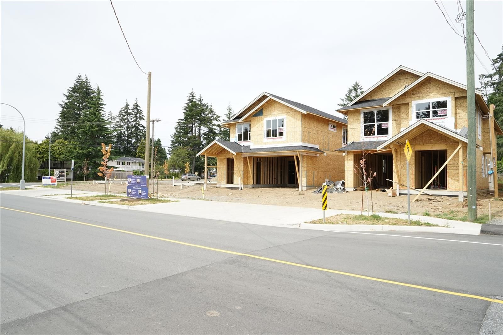 Photo 2: Photos: 2584 Rosstown Rd in NANAIMO: Na Diver Lake House for sale (Nanaimo)  : MLS®# 843392