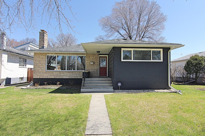 Main Photo: 946 Beaverbrook Street | River Heights South Winnipeg