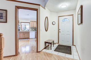 Photo 2: 53 Edgepark Villas NW in Calgary: Edgemont Semi Detached for sale : MLS®# A1059296