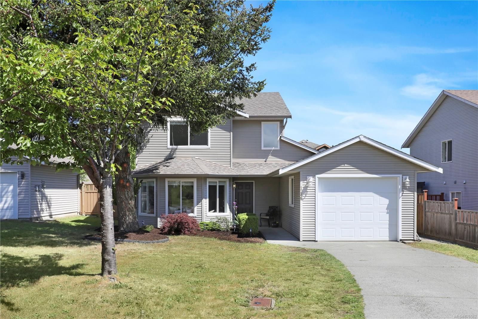 Main Photo: 1276 Crown Pl in : CV Comox (Town of) House for sale (Comox Valley)  : MLS®# 876582