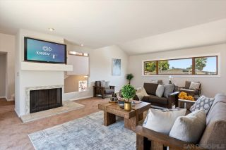 Photo 10: BAY PARK House for sale : 4 bedrooms : 3636 Mount Laurence Dr in San Diego