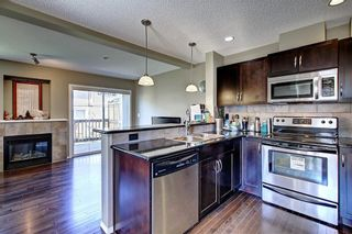 Photo 5: 51 COUNTRY VILLAGE Villas NE in Calgary: Country Hills Village Row/Townhouse for sale : MLS®# C4280455