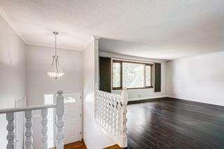 Photo 5: 204 Dalgleish Bay NW in Calgary: Dalhousie Detached for sale : MLS®# A1110304