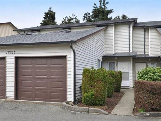 """Main Photo: 102 15525 87A Avenue in Surrey: Fleetwood Tynehead Townhouse for sale in """"Evergreen Estates"""" : MLS®# R2544534"""