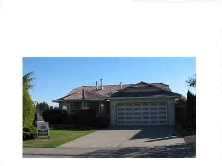 Main Photo: 16218 13 Avenue in SURREY: House for sale (White Rock)  : MLS®# F2521754