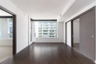 Photo 2: 1112 68 SMITHE Street in Vancouver: Downtown VW Condo for sale (Vancouver West)  : MLS®# R2588565