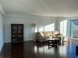 "Photo 3: 701 1818 ROBSON Street in Vancouver: West End VW Condo for sale in ""CASA ROSA"" (Vancouver West)  : MLS®# R2562931"