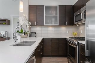 "Photo 1: PH9 1333 WINTER Street: White Rock Condo for sale in ""Winter Street"" (South Surrey White Rock)  : MLS®# R2402560"