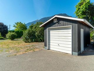 Photo 2: 737 ORCHARD DRIVE: Lillooet House for sale (South West)  : MLS®# 157500