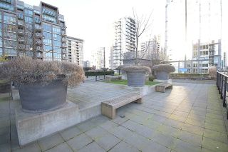Photo 12: 1002 1088 RICHARDS Street in Vancouver: Yaletown Condo for sale (Vancouver West)  : MLS®# R2616956