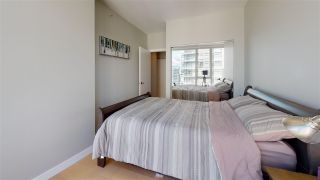 Photo 12: 3103 1201 MARINASIDE Crescent in Vancouver: Yaletown Condo for sale (Vancouver West)  : MLS®# R2575825