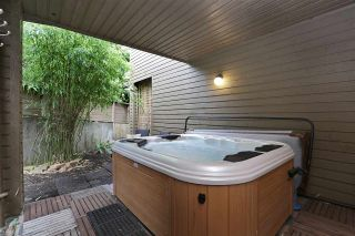 Photo 16: 112 1910 CHESTERFIELD Avenue in North Vancouver: Central Lonsdale Townhouse for sale : MLS®# R2213948