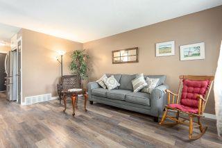 Photo 3: 4215 36 Avenue in Edmonton: Zone 29 House Half Duplex for sale : MLS®# E4259081