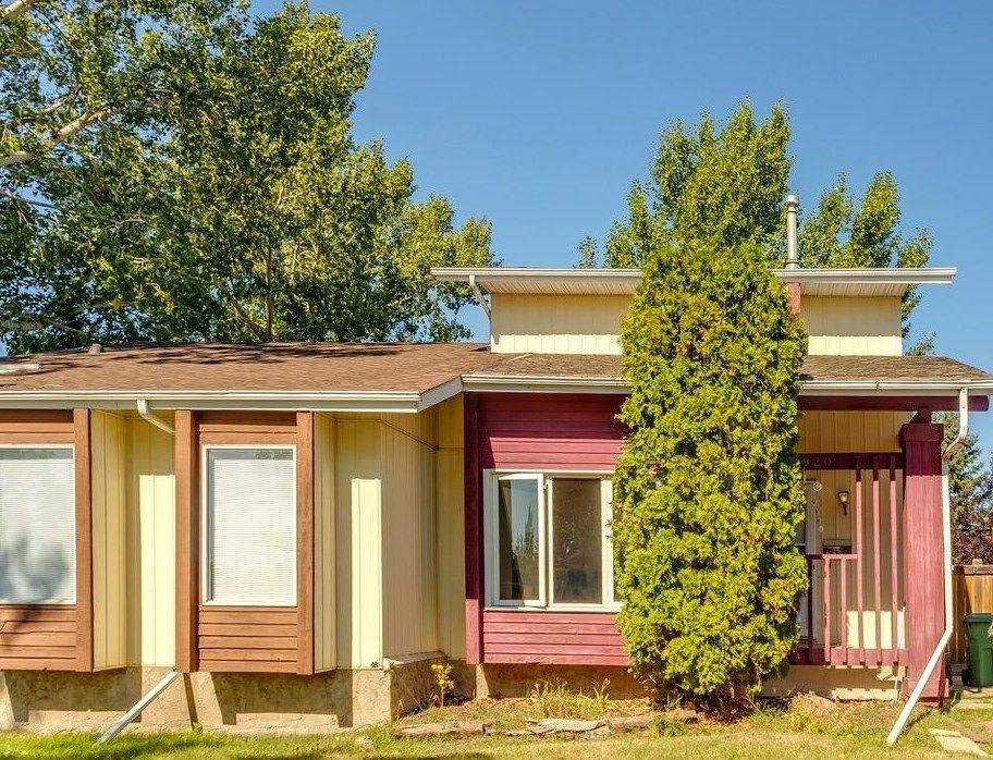 Main Photo: 4920 43 Avenue: Beaumont House Half Duplex for sale : MLS®# E4262422