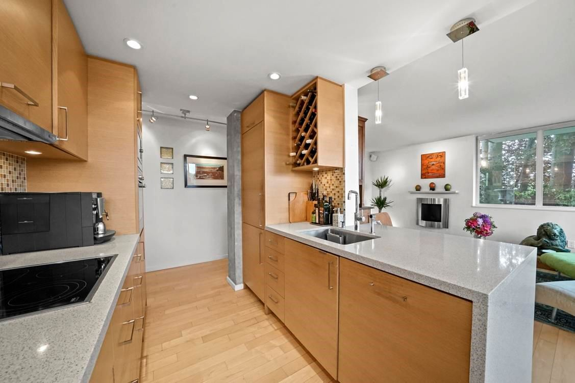 """Main Photo: 603 2055 PENDRELL Street in Vancouver: West End VW Condo for sale in """"Panorama Place"""" (Vancouver West)  : MLS®# R2604516"""