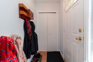 Photo 3: 59 Morris Drive in Saskatoon: Massey Place Residential for sale : MLS®# SK851998