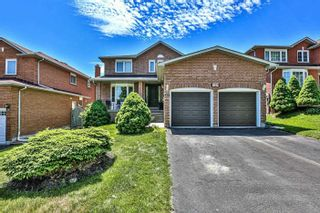 Photo 1: 124 Goldsmith Crescent in Newmarket: Armitage House (2-Storey) for sale : MLS®# N4792301