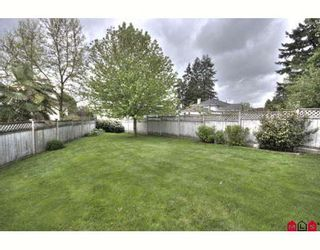 Photo 10: 16068 80A Avenue in Surrey: Fleetwood Tynehead House for sale : MLS®# F2910416