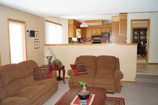 Photo 17: 98 Larch Bay in Oakbank: Single Family Detached for sale : MLS®# 1304327