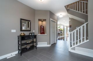 Photo 3: 2150 ZINFANDEL DRIVE in Abbotsford: Aberdeen House for sale : MLS®# R2458017