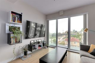 """Photo 6: PH5 388 KOOTENAY Street in Vancouver: Hastings Sunrise Condo for sale in """"View 388"""" (Vancouver East)  : MLS®# R2515376"""