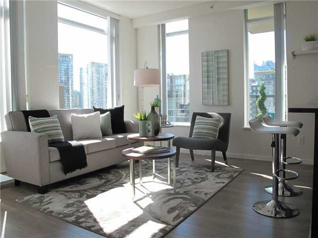 """Main Photo: 1807 1001 HOMER Street in Vancouver: Yaletown Condo for sale in """"The Bentley"""" (Vancouver West)  : MLS®# V1076353"""