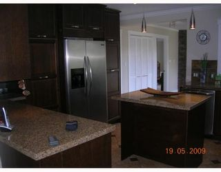 """Photo 4: 1338 SOWDEN Street in North_Vancouver: Norgate House for sale in """"NORGATE"""" (North Vancouver)  : MLS®# V765995"""