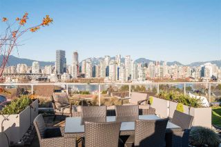 """Photo 1: 1176 W 7TH Avenue in Vancouver: Fairview VW Townhouse for sale in """"CHOKLIT TOWNHOMES"""" (Vancouver West)  : MLS®# R2544391"""