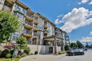 """Photo 1: 113 45893 CHESTERFIELD Avenue in Chilliwack: Chilliwack W Young-Well Condo for sale in """"The Willows"""" : MLS®# R2265351"""