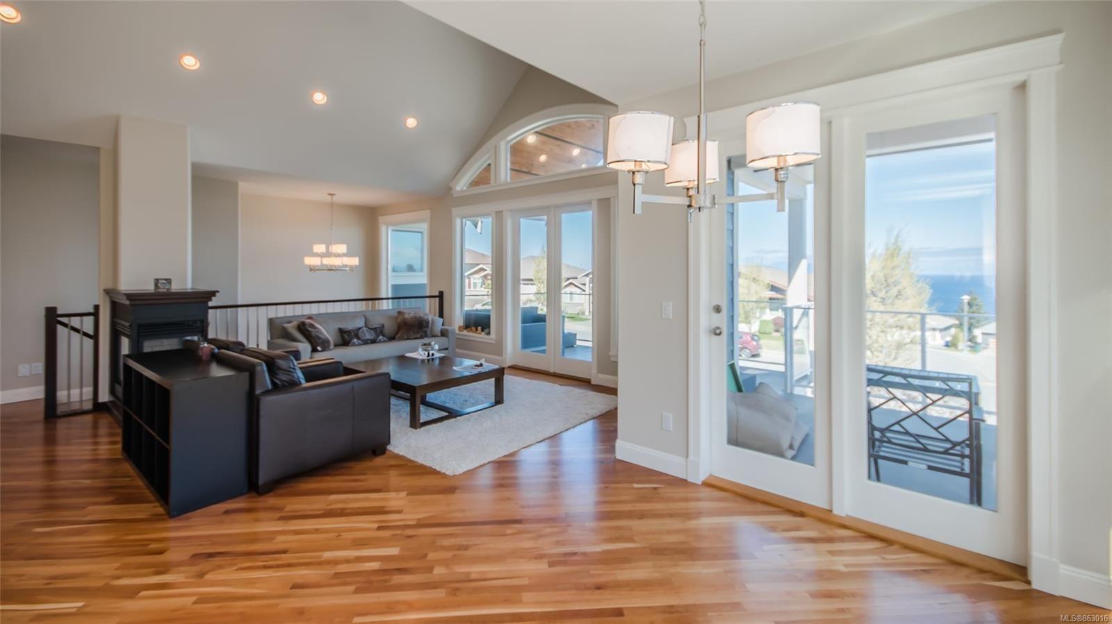 Photo 10: Photos: 5361 Laguna Way in : Na North Nanaimo House for sale (Nanaimo)  : MLS®# 863016