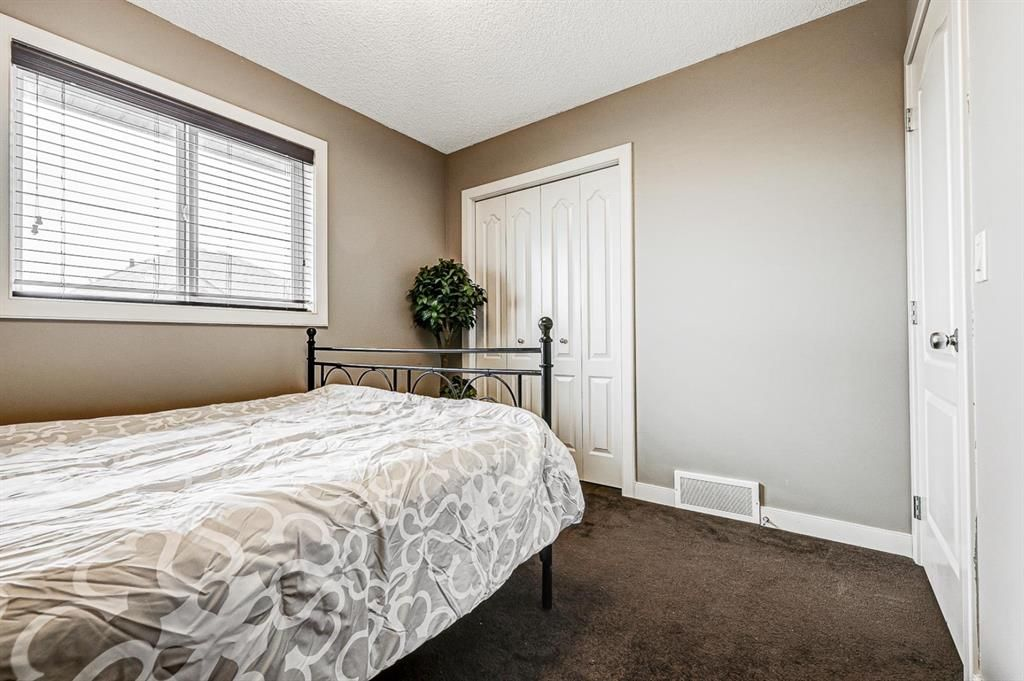 Photo 26: Photos: 200 EVERBROOK Drive SW in Calgary: Evergreen Detached for sale : MLS®# A1102109