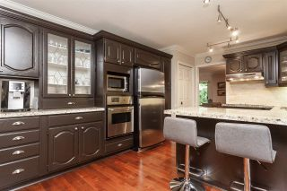 """Photo 8: 3 1620 148 Street in Surrey: Sunnyside Park Surrey Townhouse for sale in """"ENGLESEA COURT"""" (South Surrey White Rock)  : MLS®# R2429994"""